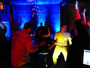 dancing_02_02092014