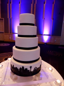 four_seasons_seattle_wedding_cake_04042014
